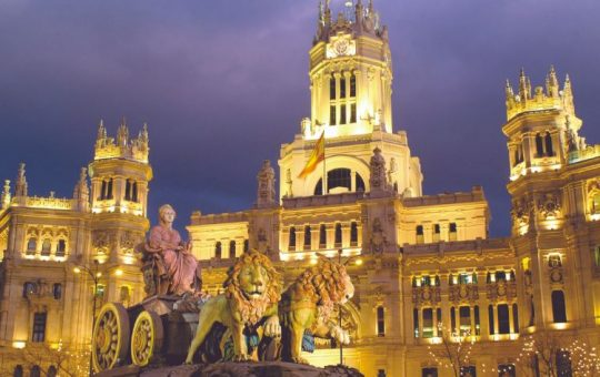 Plaza de Cibeles Night
